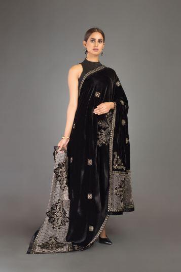 Black Velvet Shawl bareeze
