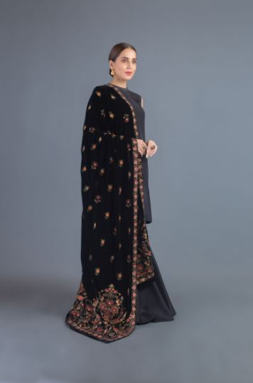 black embroidered bareeze velvet shawl