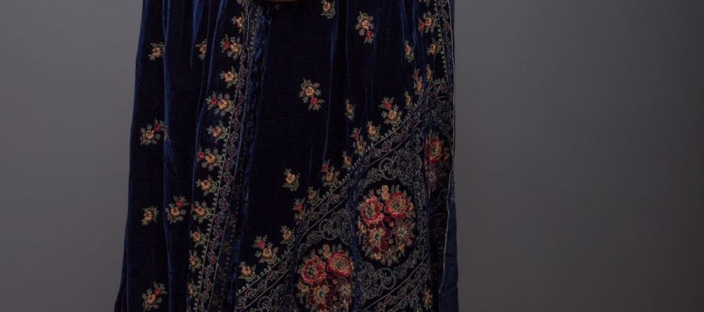 embroidered bareeze shawl