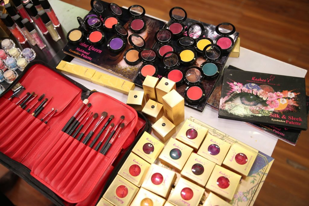 Kashees Makeup Products Price
