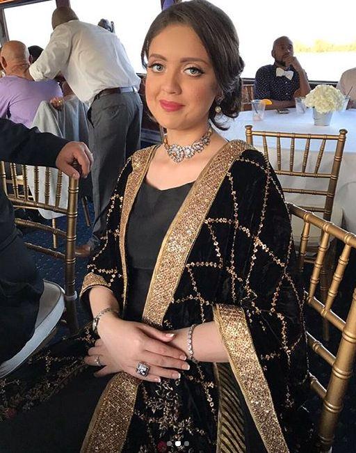embroidered velvet shawls