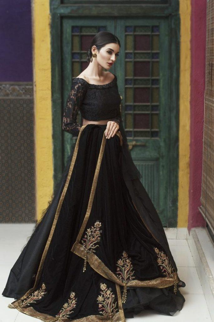 Nilofer Shahid Velvet Shawls