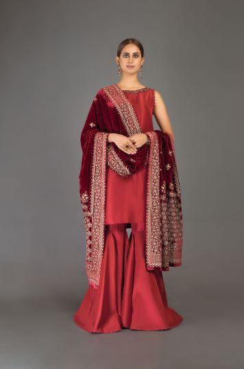 bareeze maroon velvet shawl