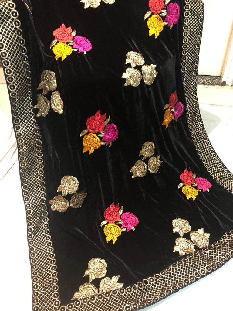 Designer Velvet Shawls Beautiful Designs 2019 And 2020 Pakistan Pakistani Pret Wear