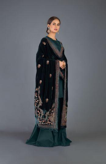 bareeze green velvet shawl
