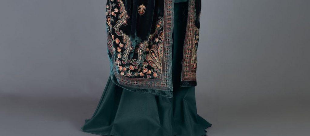green bareeze velvet shawl