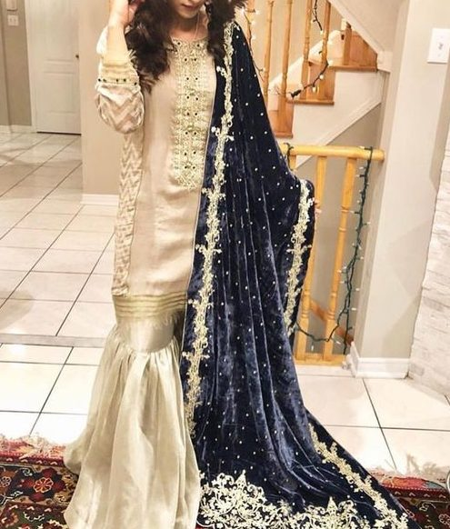 heavy velvet shawls for weddings