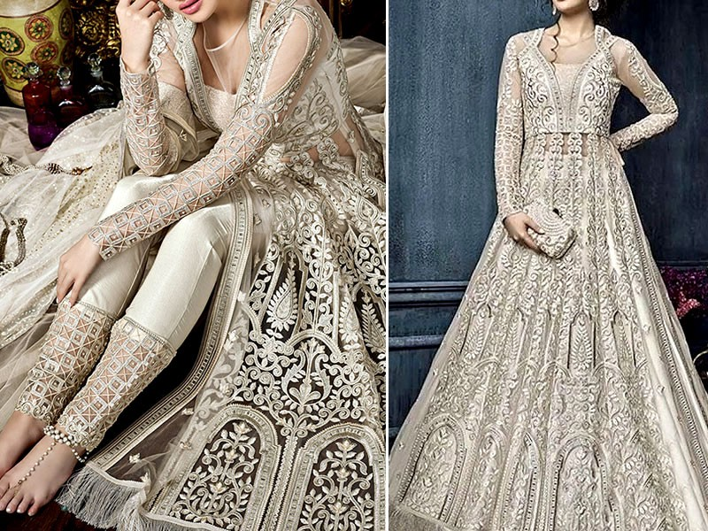 Stunning Pakistani Bridal Outfits For Women October 2020,Wedding Venue Bridal Dressing Room