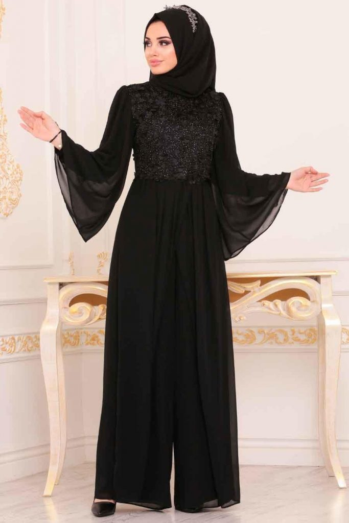 black jumpsuit with hijab