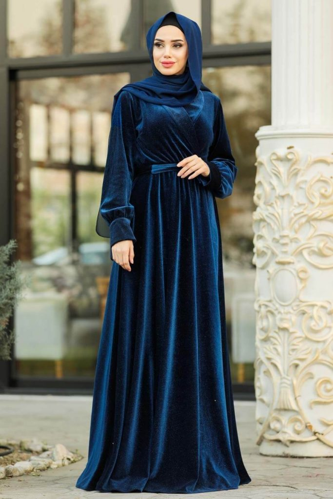 dark blue maxi dress with hijab